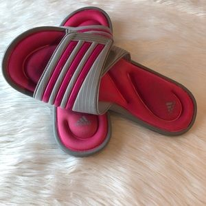 ADIDAS VELCRO CLOSE SLIDES/FLIP FLOPS